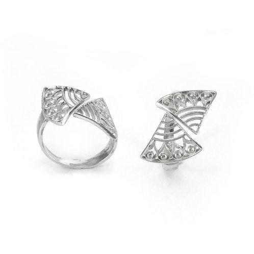Hera's Strength Ring   Sterling Silver 925°