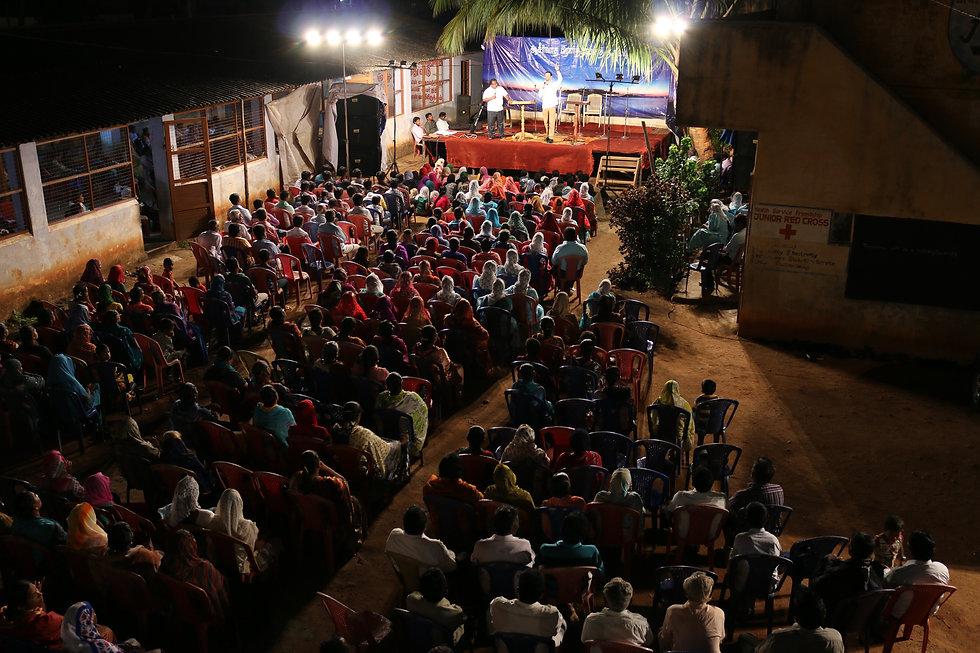 Art Thomas Preaches in Southern Asia