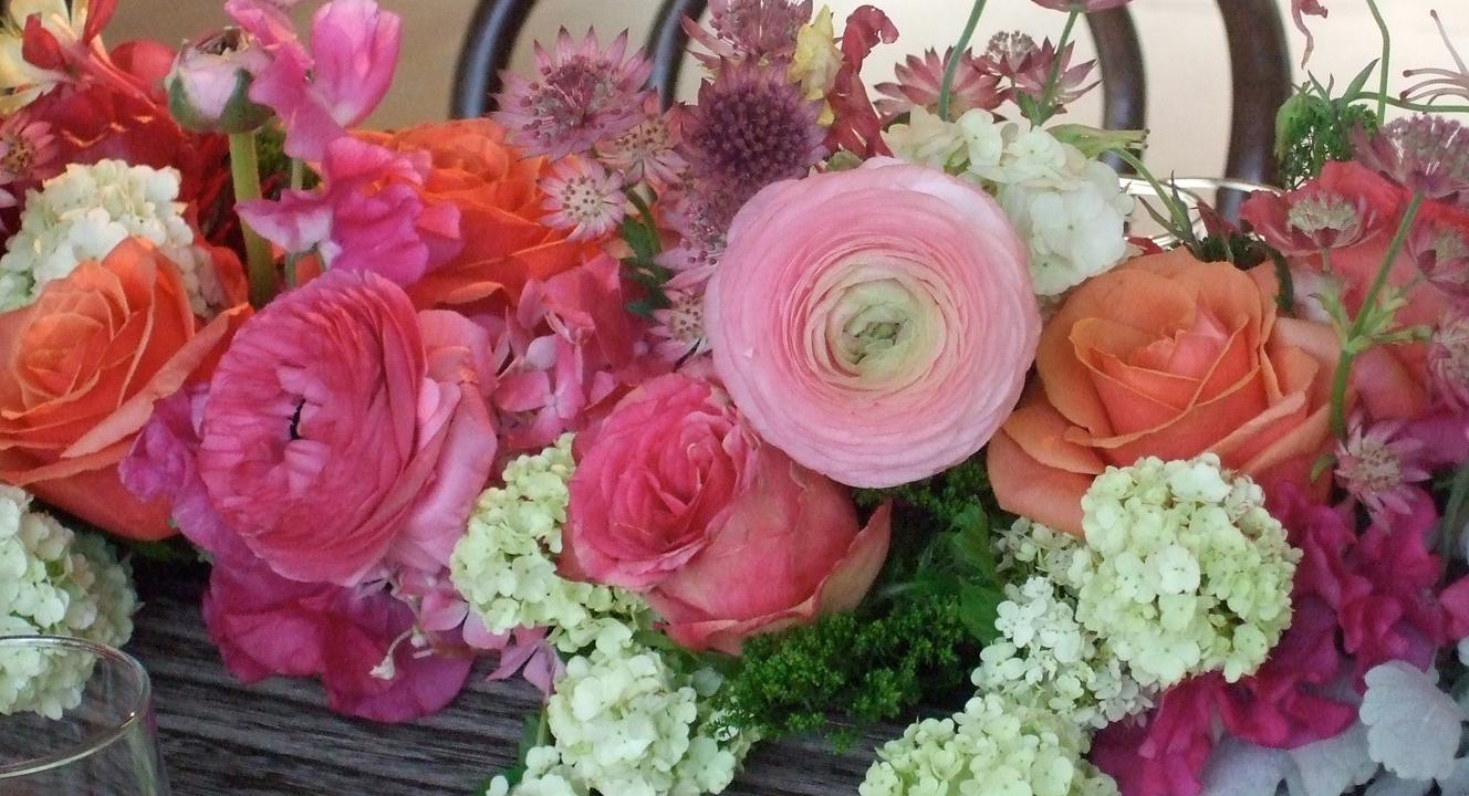 FlowersClosePinks.jpg