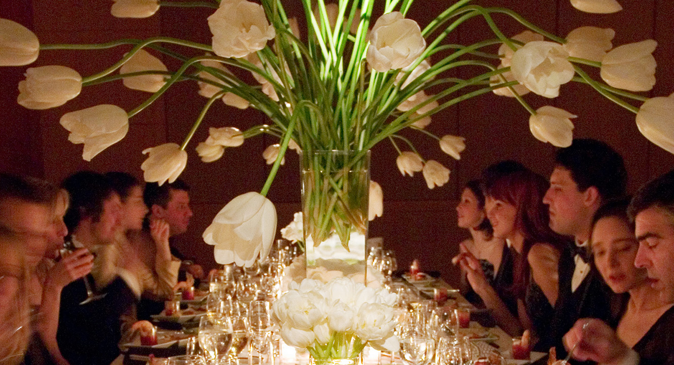 Singer_TableBigTulips_Singer Wedding 016.jpg