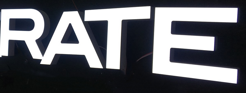 Lumo Letter B1 RATE.Front lit.png