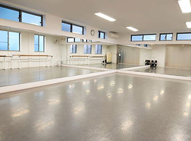 浦和美園ダンススタジオ.jpg
