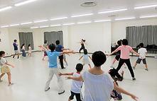 2018.公民館講座親子ダンス.JPG