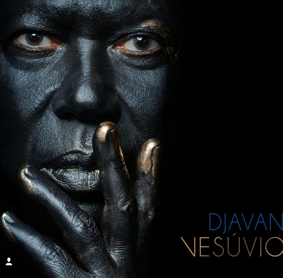 Capa do CD do Djavan 2018