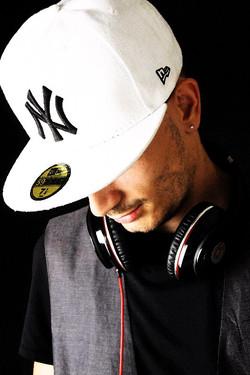 DJ Henrique 2