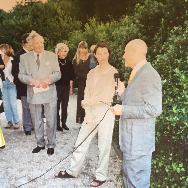 Sir Norman Foster presenting 3rd Annual Battersea Park Award to Si Sapsford 1998