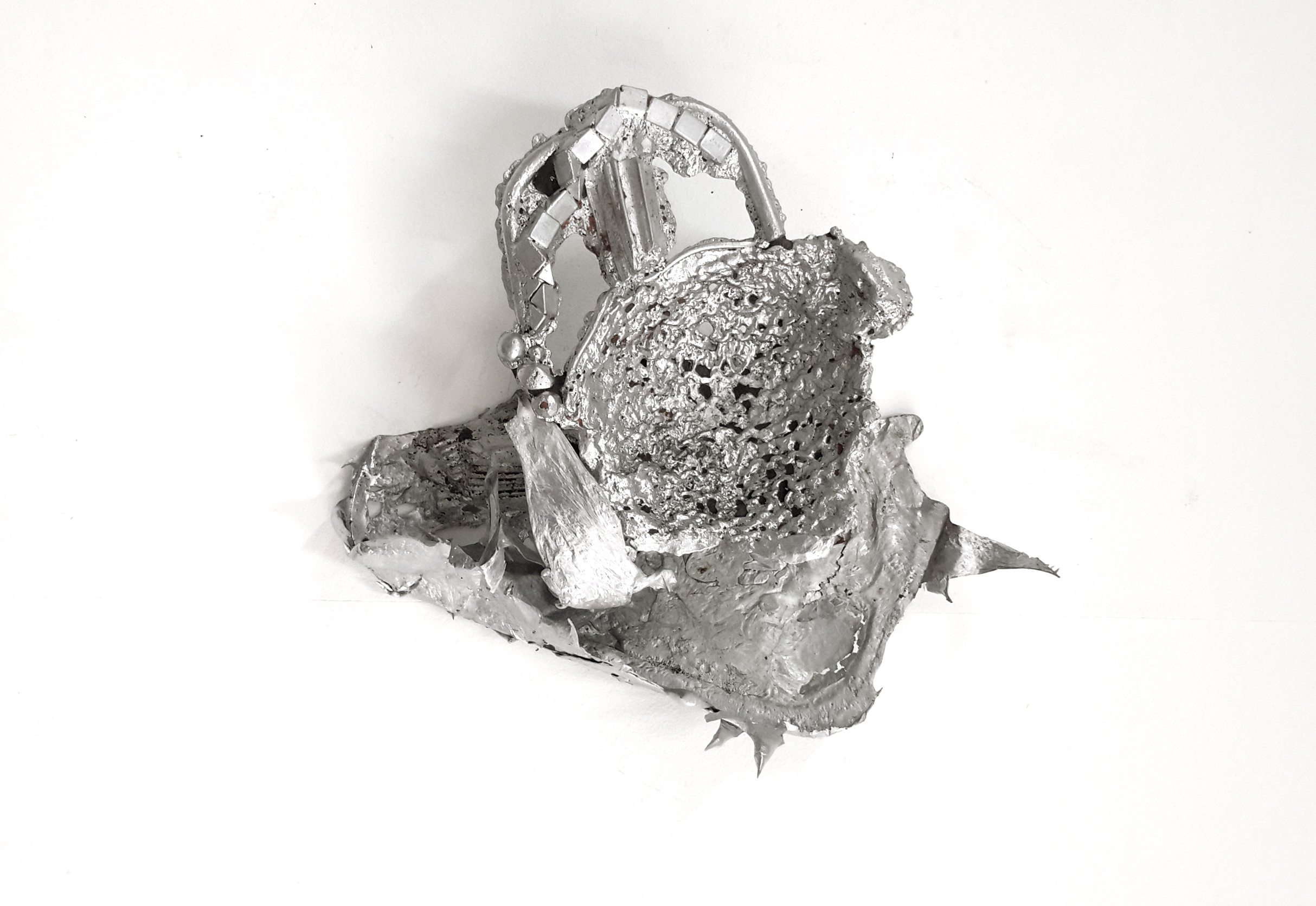change, cast aluminium