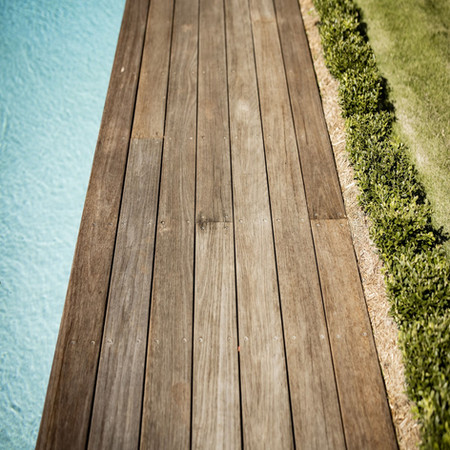 Decking with pool and Buxus hedge