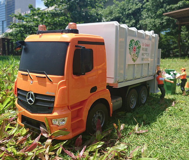 1:20 Mercedes-Benz Antos Garbage Truck No.E560
