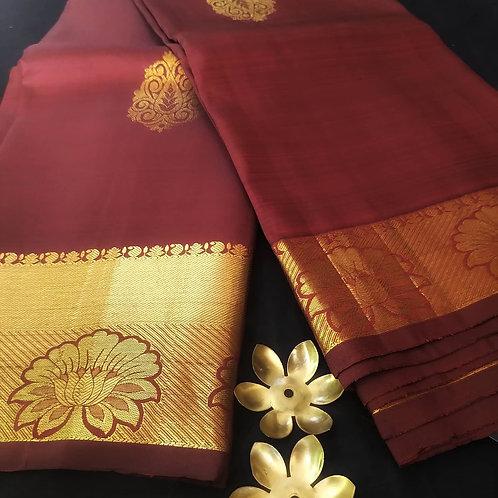 Kanjivaram Pure Silk Saree In Maroon And Gold Zari Weaving With A Running Blouse