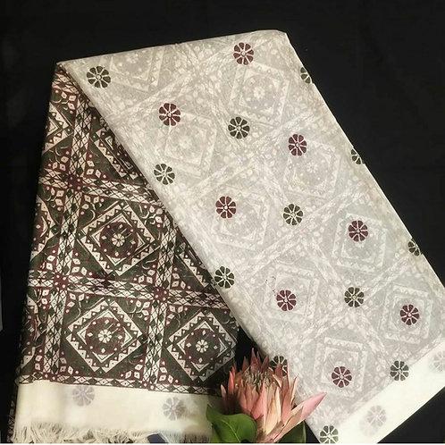 Cotton  Saree With Jaipur Hand Block Print In Vanilla Colour