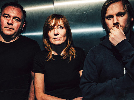 "PORTISHEAD PAYS TRIBUTE TO JO COX WITH ""SOS"""