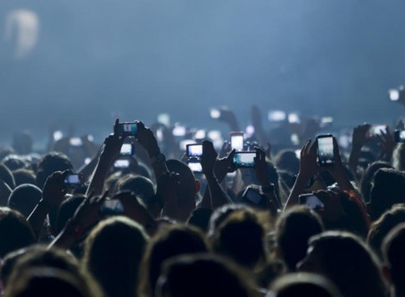 APPLE MIGHT BLOCK YOUR CAMERA AT FUTURE CONCERTS?