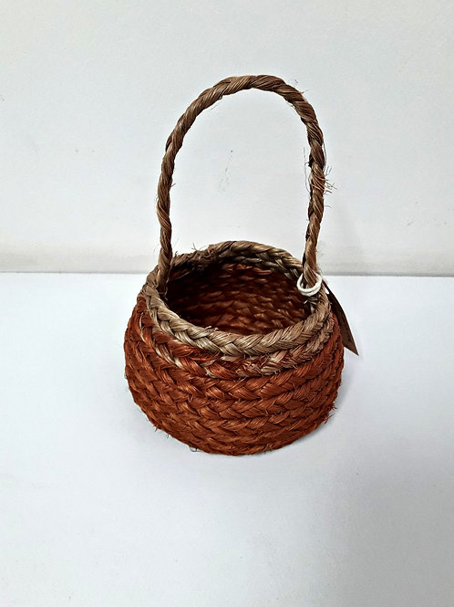 Ujarrás basket with handle