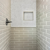 Crater Residence Shower
