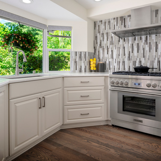 14495_nw_belle_pl_kitchen_01.jpg