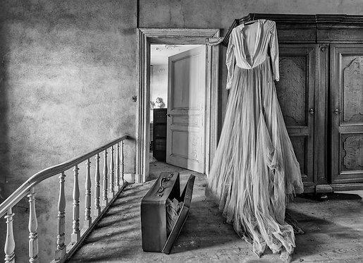 Plexibond 107x150 cm Old wedding dress