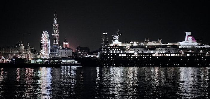 Foto op dibond 60x90cm met ophangsysteem : Antwerp