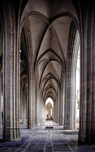 Pure Cathedral of Antwerp klein.jpg