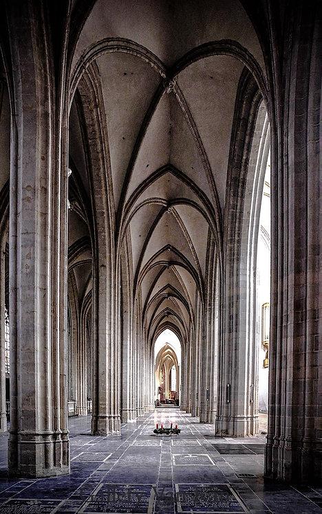 Antwerp Cathedral Hallway 112x180cm