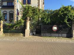 Der Eingang in unser schönes Weinlokal