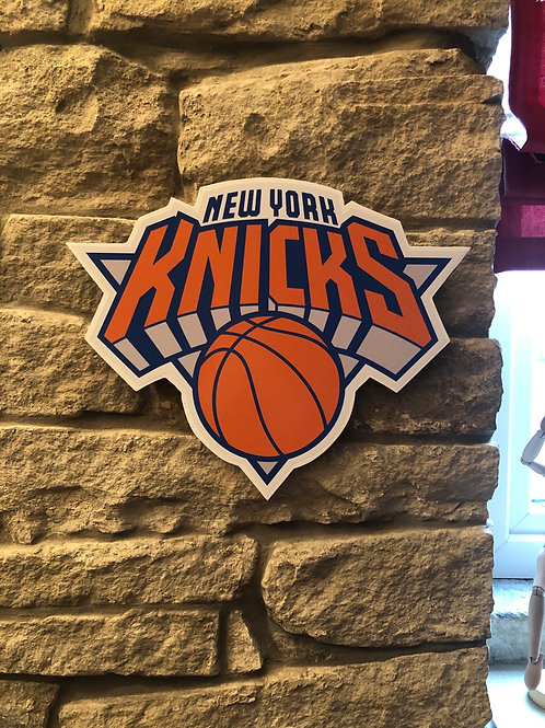 imake NBA New York Knicks Wooden Wall Badge