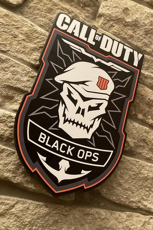 Call of Duty: Black Ops Wooden Wall shield