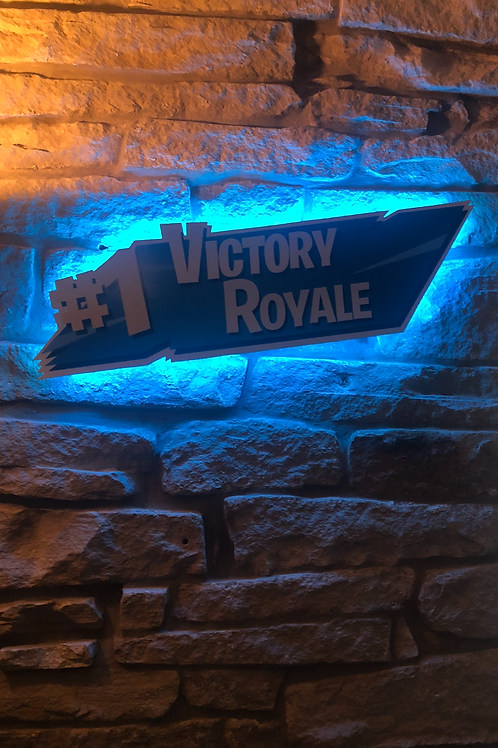 """Fortnite's """"VICTORY ROYAL"""" Wooden Wall Light!"""