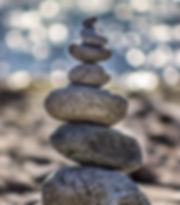 onko-kameny na sobě.jpg