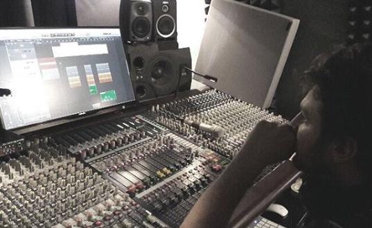 Régie son studio enregistrement