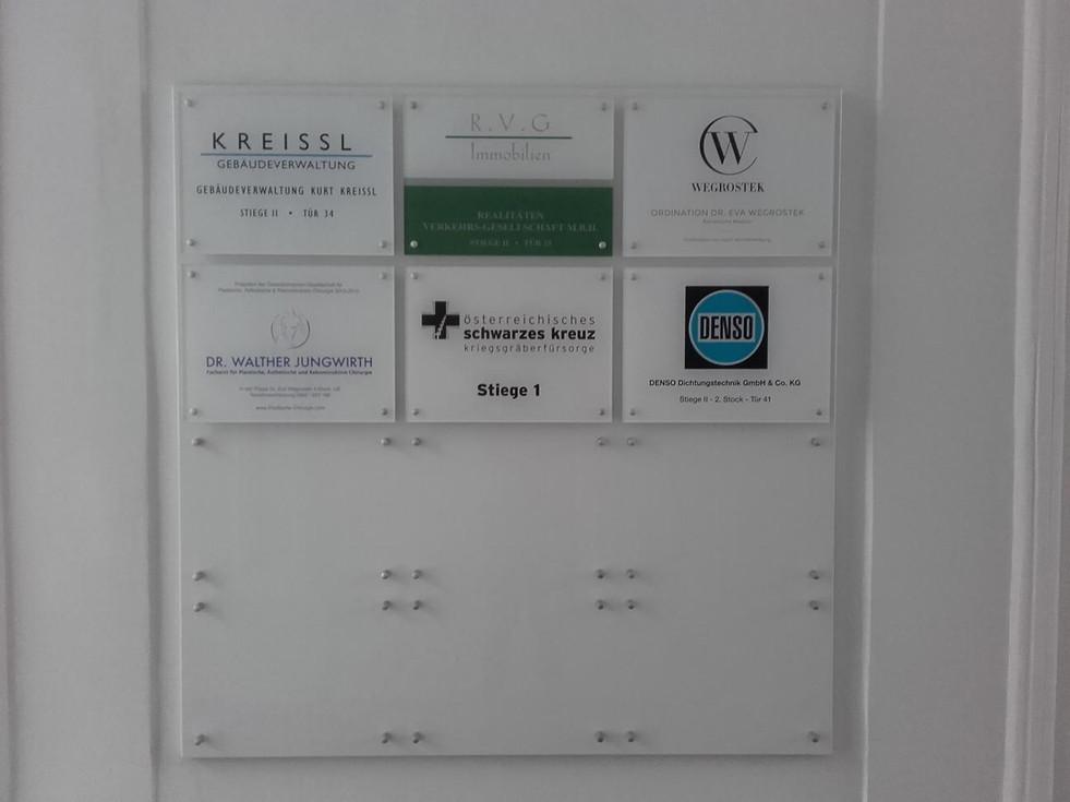 Plexi- Infoanlage