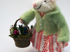 GreenSweaterMouse.jpg