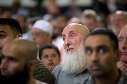 Members of the public including many Muslims attending a meeting against Birmingham 'Anti Muslim' CCTV and ANPR Cameras.