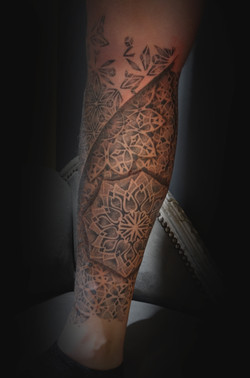 Dot work leg sleeve