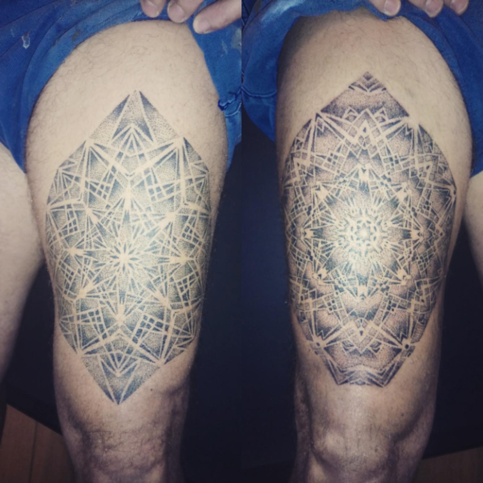 Geometric dotwork