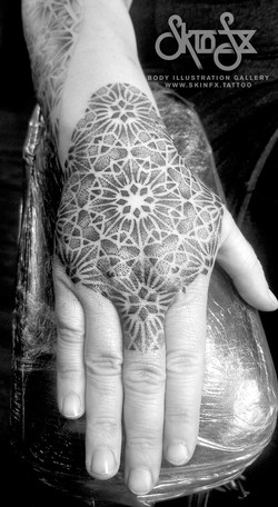 dotwork hand