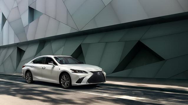 Lexus-ES-fsportshowninwhite-gallery-over