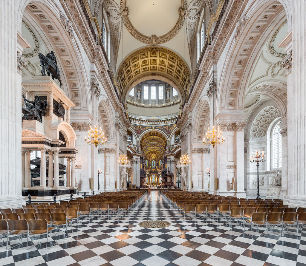 St-Pauls-Cathedral-nave-looking-east-towards-the-central-dome-and-choir.