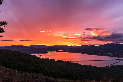 Gold Hill Sunset over Pend Oreille