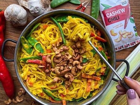 Het och krämig saffranspasta med cashew chili