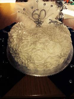 rose iced cake