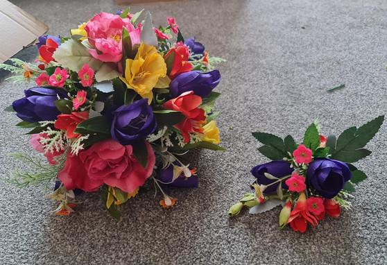 silk flowers wedding.jpg