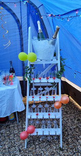 champagne stand to hire.jpg