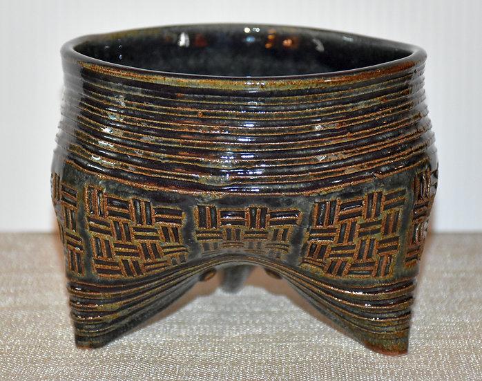 Tripod planter - moondance on stoneware
