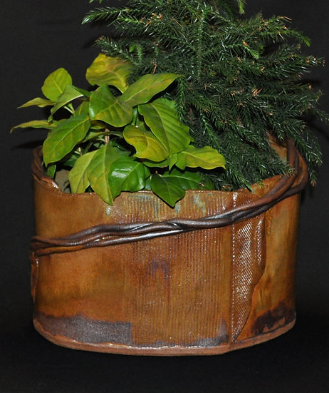 Coil loops planter  SOLD