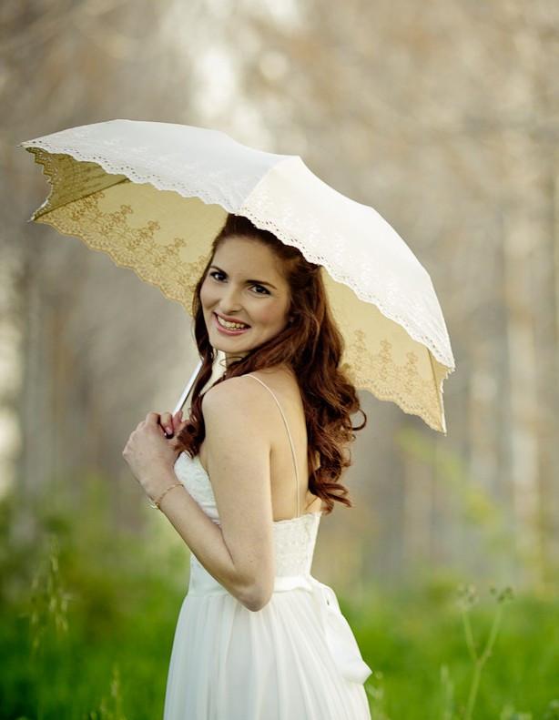 Bride_with_Parasol-_Amarella.jpg