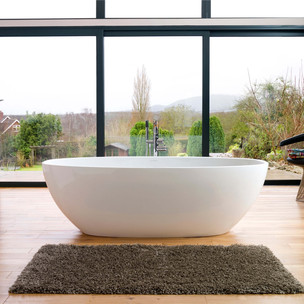 Barcelona Bath Tub