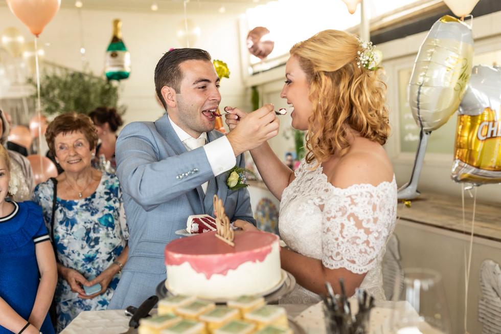 Bruiloft foto de bruidstaart
