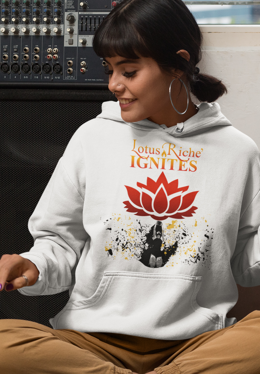 hoodie-mockup-featuring-two-musicians-33