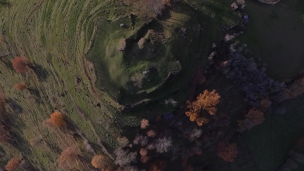 Chateau-de-Beaucaire-drone-01.jpg